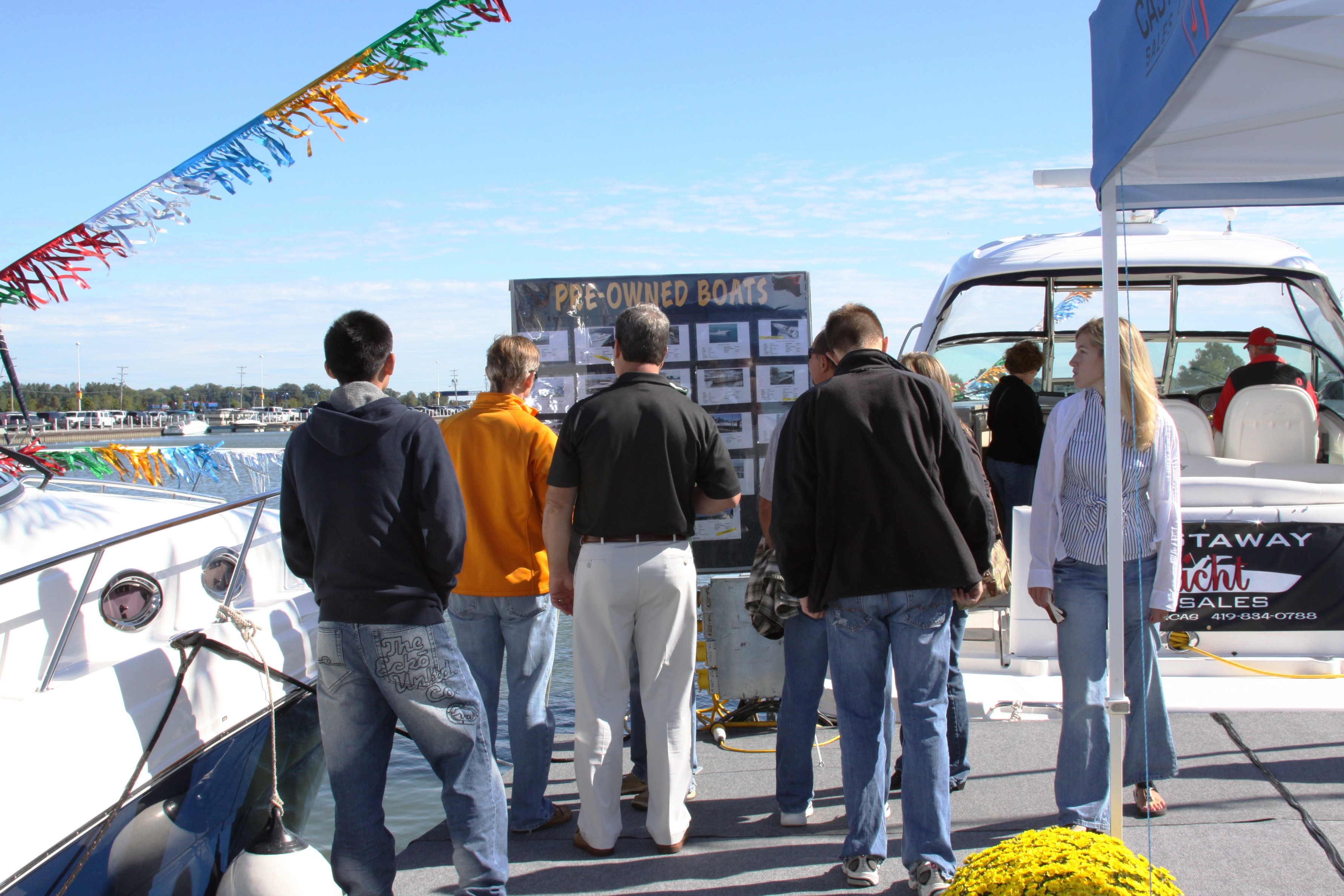Castaway Yacht Sales Image 2
