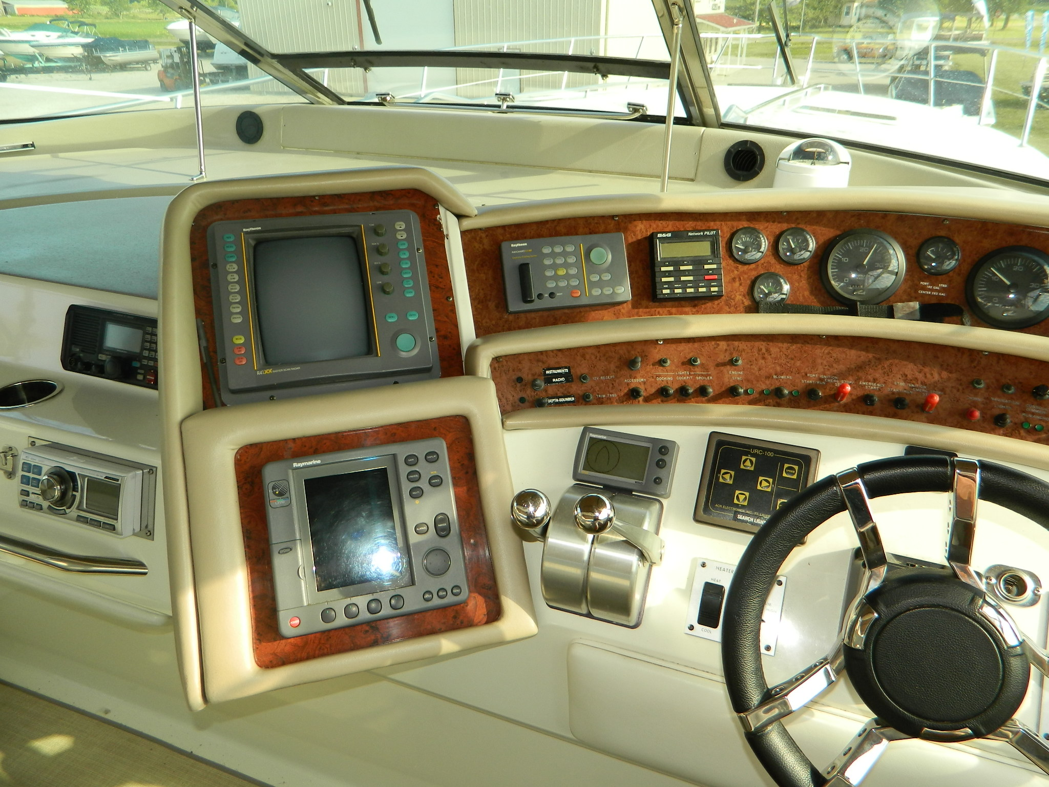 Castaway Yacht Sales | Boat Detail Page | Boat Sales in Port